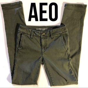 AEO Super Stretch skinny twill Jeans army green 00